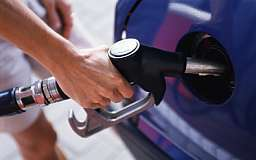 Скоро бензин будет стоить 14,1 гривен за литр - АМКУ