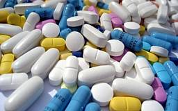 Запаса лекарств в украинских аптеках хватит на месяц