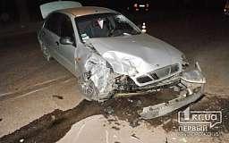 В Кривом Роге «Daewoo Lanos» столкнулся с пассажирским микроавтобусом