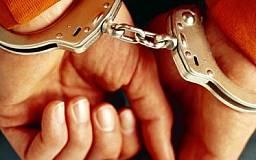 В Кривом Роге 28-летний парень избил и ограбил 55-летнего мужчину