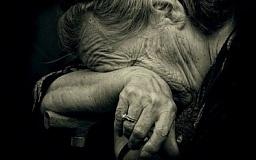 В Кривом Роге мужчина сильно избил свою пожилую мать