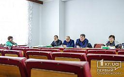 На решение транспортного вопроса криворожан на Карнаватке депутаты чиновникам дали неделю