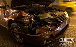 В Кривом Роге женщина пострадала в результате ДТП с маршруткой и легковушкой
