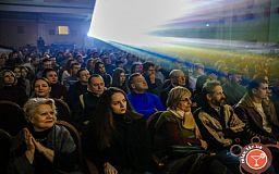 Криворожан ждет предновогодняя шоу-программа и премьерные показы фильмов в кинотеатрах города