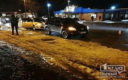 В Кривом Роге автомобиль сбил женщину, которая переходила дорогу в неположенном месте