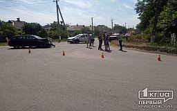 В Кривом Роге тройное ДТП на перекрестке без нужного дорожного знака