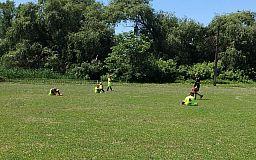 Криворожские спортсмены футбольного клуба «Пэнуел» выиграли медаль Чемпионата области