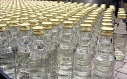В Кривому Розі правоохоронці прикрили цех по виготовленню контрафактного алкоголю