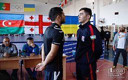 Молодые и спортивные парни приехали в Кривой Рог, чтобы показать настоящий бокс