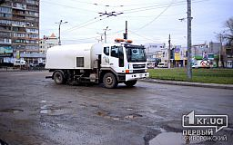 После затянувшейся зимы дороги Кривого Рога нуждаются в очистке