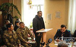 Стало известно, кто пригласил на учения человека, тяжело ранившего в Кривом Роге Вячеслава Волка