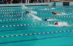 Хорошие результаты показывают криворожские спортсмены на чемпионате Украины по плаванию