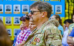 Криворіжці не дякують українським військовослужбовцям, - результат опитування