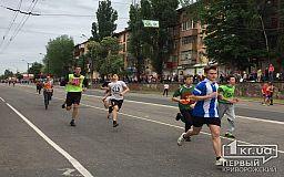 Праздничный масштабный пробег и спортивные соревнования в Кривом Роге