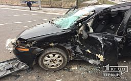 В жутком ДТП с грузовиком пострадал криворожанин