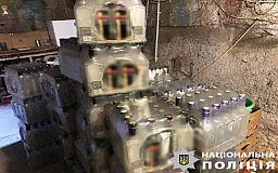 Три подпольных цеха по изготовлению фальсифицированного алкоголя выявили в Днепропетровской области