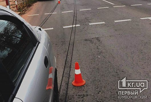 В Кривом Роге Lanos сбил женщину, которая переходила дорогу на пешеходном переходе