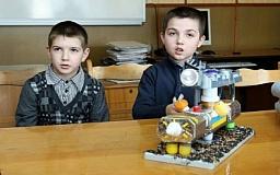 Криворізькі науковці презентували свої розробки на обласній виставці «Мирний космос»