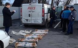 Під час огляду автомобіля на блокпосту під Дніпропетровськом виявлено два гранатомета