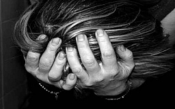 В Кривом Роге мать содержала детей в нечеловеческих условиях