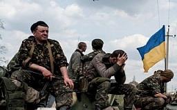 Скандал вокруг 17 ОТБр: жены военных требуют у Муженка не переводить их мужей на постоянную службу на восток Украины