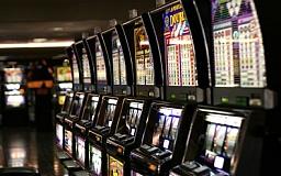 За организацию игрового бизнеса двум криворожанам присудили штраф в 170 000 гривен