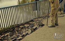 Двое криворожан напали на рабочих на мосту между 129 кварталом и Заречным