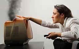 Криворожане жалуются на перепады напряжения в сети и сгоревшую бытовую технику