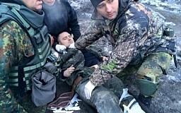 В больницу Мечникова срочно эвакуируют двух бойцов 40 батальона