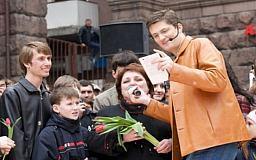 В Кривой Рог приезжает Игорь Кондратюк с «Караоке на Майдані»