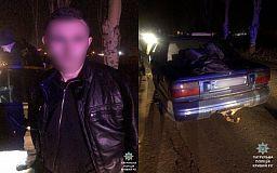 Несовершеннолетний криворожанин и его выпивший друг пытались украсть автомобиль