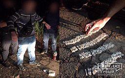 В Кривом Роге правоохранители задержали мужчину, который давно подозревается горожанами в торговле наркотиками