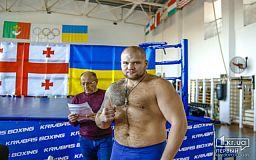 Когда криворожский боксер тяжеловес выйдет на ринг профессионального турнира
