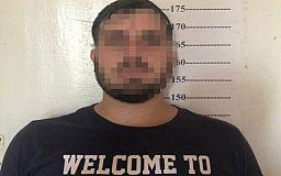 Нарушитель, который в Польше совершил вооруженное ограбление семейной пары, задержали в Кривом Роге