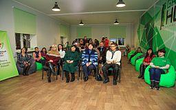 Под елочку: «Зеленый центр Метинвест» открыл хабы в Покровском и Металлургическом районах