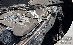 В Кривом Роге на временной стоянке загорелся Ford
