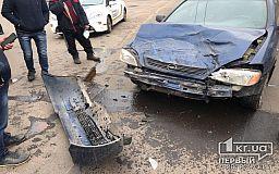 ДТП в Кривом Роге: столкнулись грузовик и легковушка