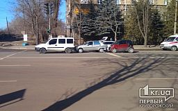 В Кривом Роге по цепной реакции в ДТП попали 3 авто