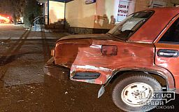 ДТП в Кривом Роге: столкнулись ВАЗ и BMW