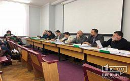 Каково людям? - начальника отдела транспорта в Кривом Роге депутаты повторно обязали выполнить их поручение