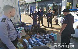 В Кривом Роге у продавца изъяли 1400 пачек контрафактных сигарет