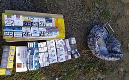 Полицейские изъяли у криворожанина 100 пачек сигарет без акциза