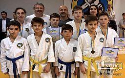 Золото, серебро и бронзу привезли криворожские спортсмены с областного чемпионата по рукопашному бою