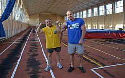 Криворожский полицейский охраны завоевал «серебро» на турнире по гиревому спорту