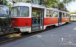 Безопасность пассажиров скоростного трамвая в Кривом Роге под угрозой, - свидетели событий