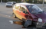 На перекрестке в Кривом Роге Mercedes не уступил дорогу Daewoo, случилась авария