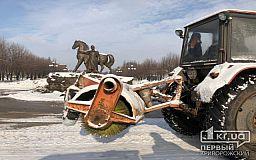 Убирать снег на дорогах в Кривом Роге будет 113 единиц специализированной техники