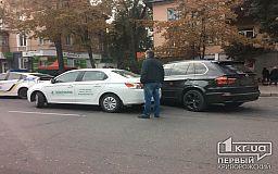ДТП в Кривом Роге: на 96 квартале столкнулись BMW и Peugeot