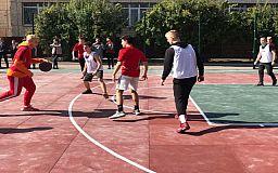 Ігро-мікс: на базі криворізької гімназії відкрили два спортивних майданчика за кошти «Громадського бюджету 2019»