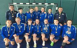 Криворожские гандболистки завоевали бронзу на чемпионате Украины